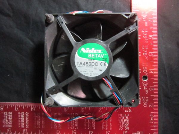 NIDEC B35502-35 BETAV 5-pin Cooling Fan B35502-35 120x120x38mm DC12V 140A D8794