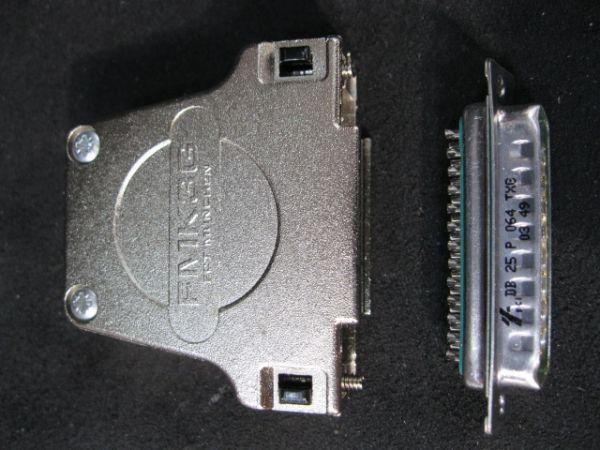FCT ELECTRONICS FMK3G D-SUB MINIATURE CONNECTORS 25P METAL HOOD STRAIGHT CBL OUTLET