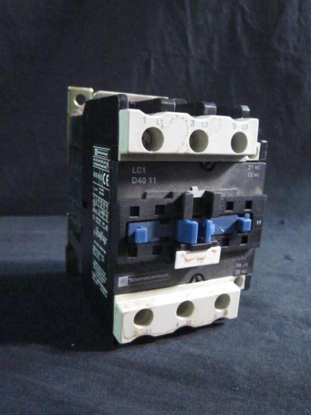 TELEMECANIQUE LC1 D40 11 CONTACTOR 220V 50AMP