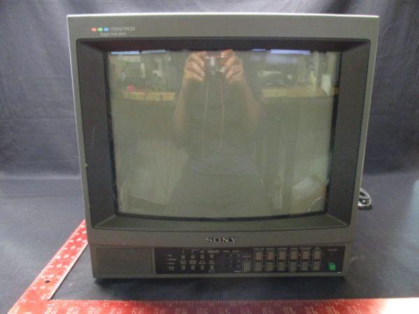 Sony PVM-1444Q   TRINITRON COLOR VIDEO MONITOR AC100V 50/60Hz