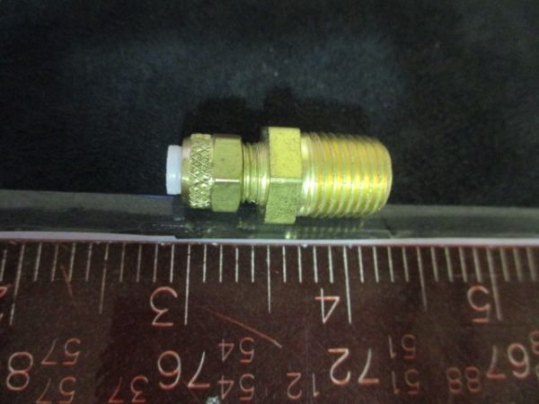PARKER 268-P-04X04 FITTING, BRASS MALE CONNECTOR 268-P-04X0