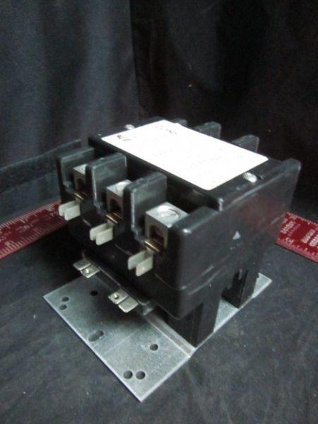 Arrow Hart ACC730U10 Magnetic Contactor 3-pole 24V coil 93A 600VAC