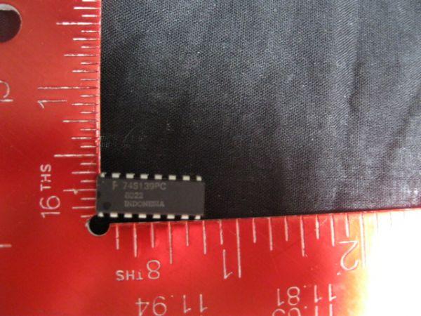 FAIRCHILD F74S139PC IC 74S139 DUAL 1 OR 4 DECDEM10 PER PACK