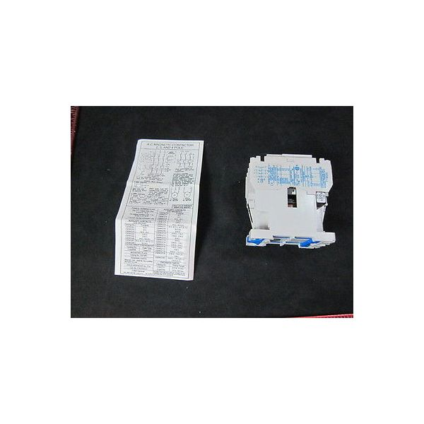 Applied Materials (AMAT) 1200-01531 Relay Contactor 3 Pole Open, Type: AUX: 1 NO