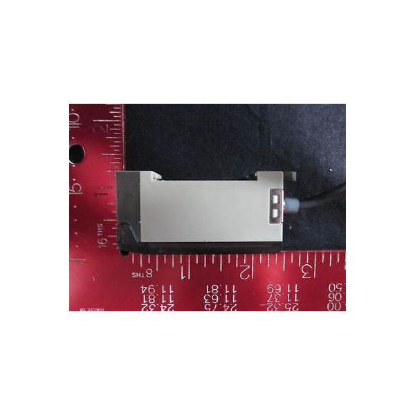 OMRON AT297200 SENSOR, AMP