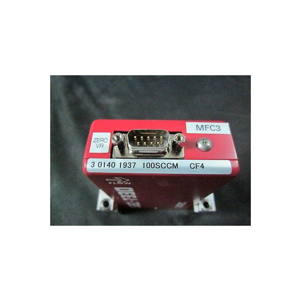 Horiba SEC-7330M Mass Flow Controller, Range: 100 SCCM, Gas: CF4, Valve: C
