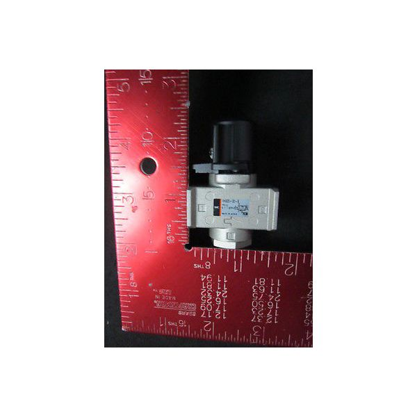 SMC VHS20-02-B 3 Port Lock Out, VHS Hand Valve, Pressure: 0.1~1.09MPa--not in or