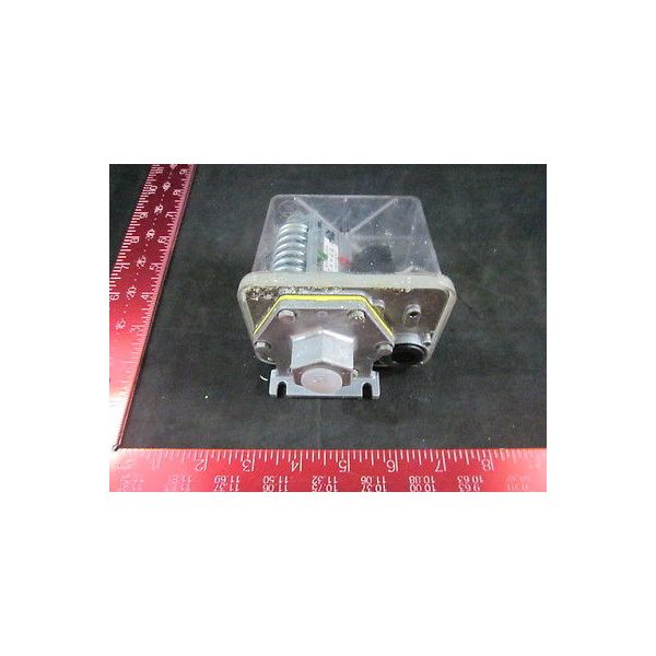 WESTINGHOUSE FF4-16 CONTROLLER PRESSURE COMP E-220 N 14862