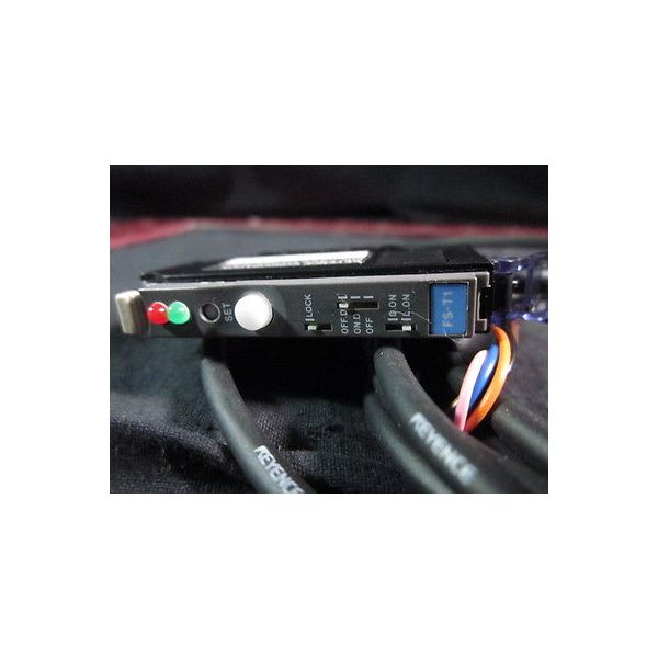 Keyence FS-T1 SENSOR AMPLIFIER