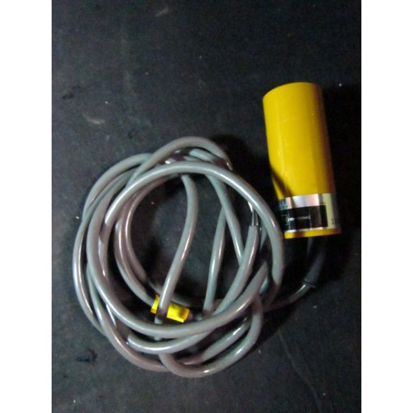 OMRON E2K-C25MY1 Capacitive Proximity Switch, 90 to 250 VAC